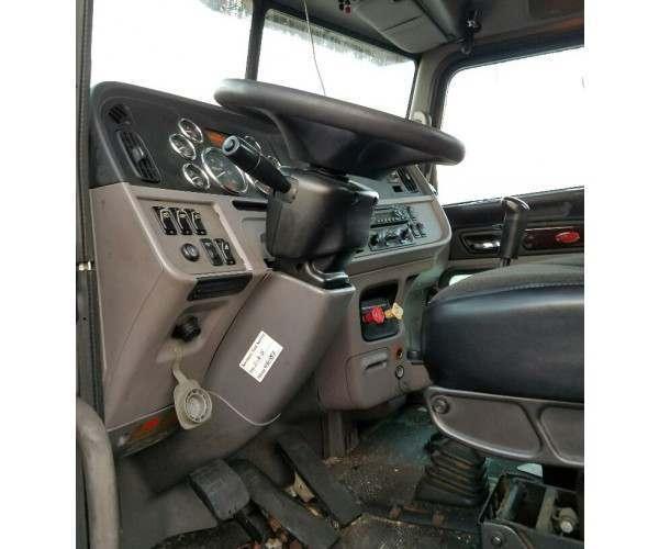 2012 Peterbilt 386 Day Cab 3