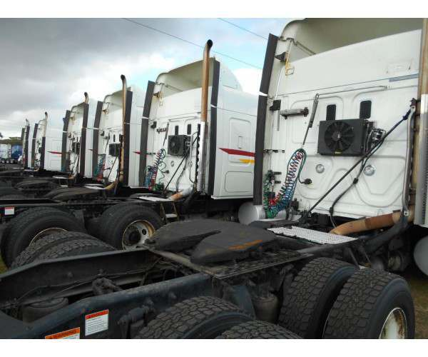 2012 Freightliner Cascadia 12