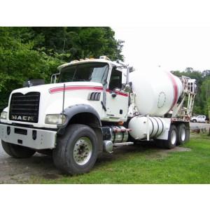 2008 Mack GU713 Mixer Truck