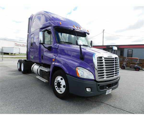 2014 Freightliner Cascadia in TX