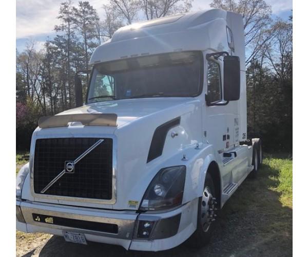 2011 Volvo VNL 670 in NC
