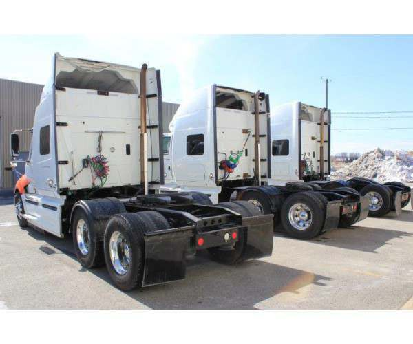 2010 International Prostar with ISX - rebuilt engines in Canada, wholesale truck deal