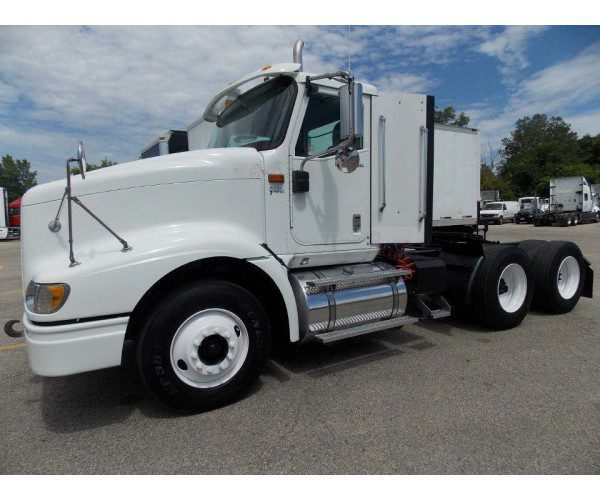 2007 International 9400i Day Cab 3