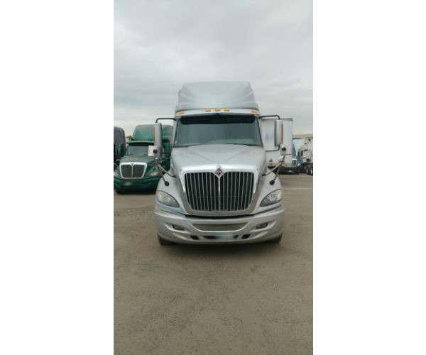 2011 International Prostar in CA