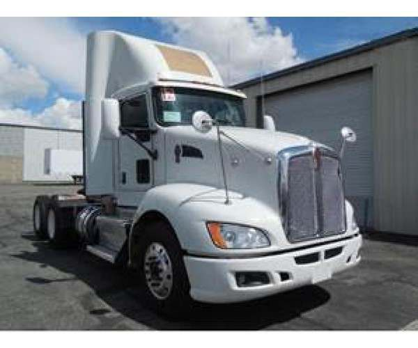 2012 Kenworth T660 Day Cab