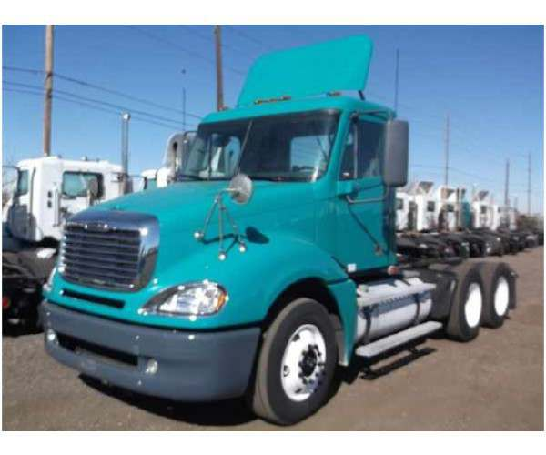 2008 Freightliner Columbia Day Cab in CO