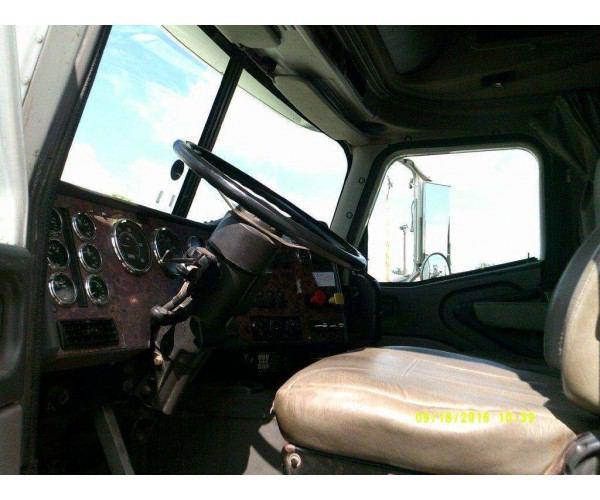 1993 Freightliner FLD Flattop 2