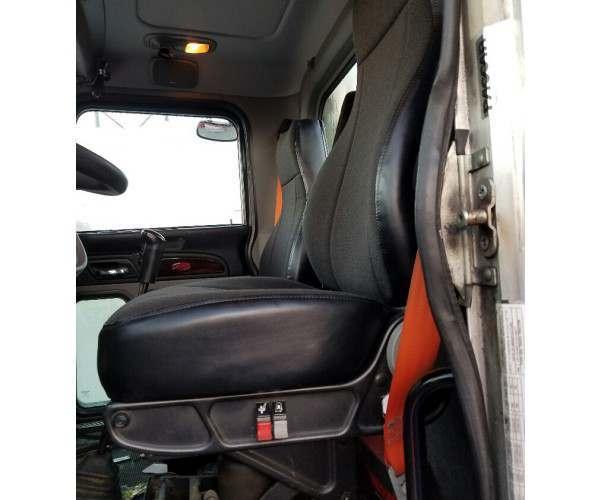2012 Peterbilt 386 Day Cab 8