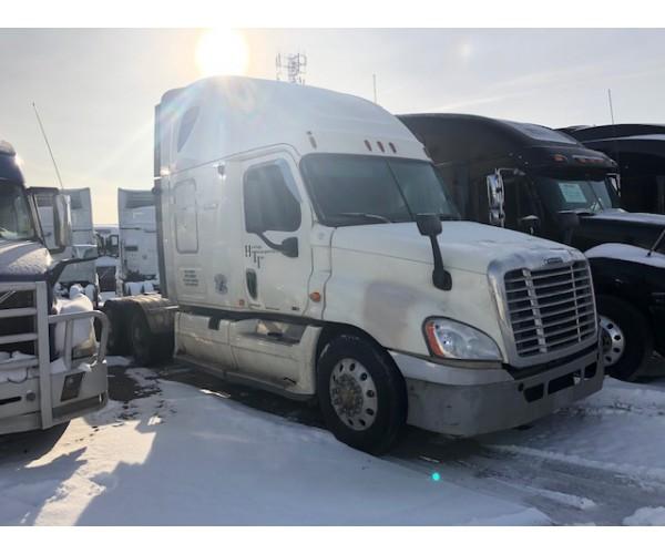 2011 Freightliner Cascadia in Canada