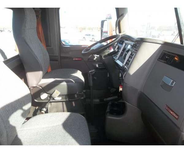 2013 Kenworth T660 Day Cab Sold SKU J601