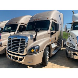 2016 Freightliner Cascadia in MS