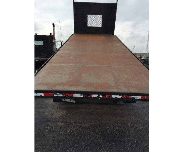 2001 International 4900 18' Flatbed Dump 1
