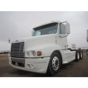 2004 Freightliner Century Day Cab in TX