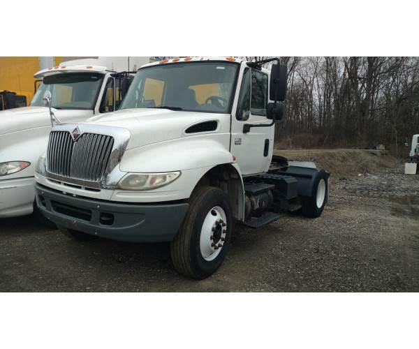 2009 International Prostar Day Cab 6