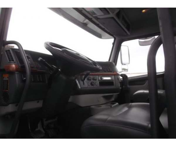 2010 Volvo VNM 200 Day Cab in NY