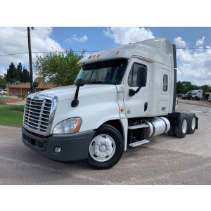2014 Freightliner Cascadia in TX