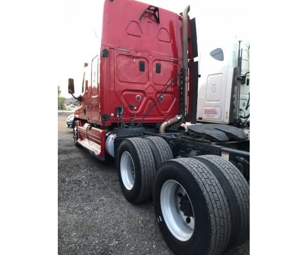 2009 Freightliner Cascadia in MI