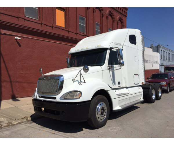 2007 Freightliner Columbia in MO