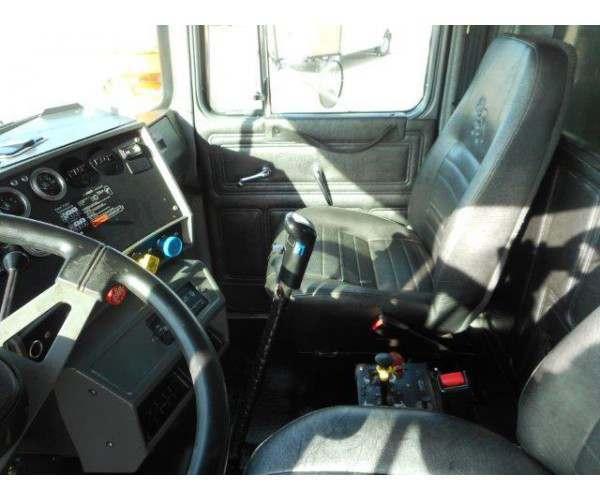 2002 Mack RB688S Dump Truck 5