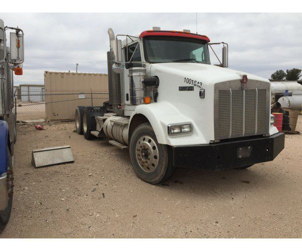 2007 Kenworth T800 Day Cab