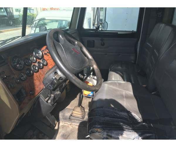 2004 Peterbilt 330 Dry Van Truck in FL 9