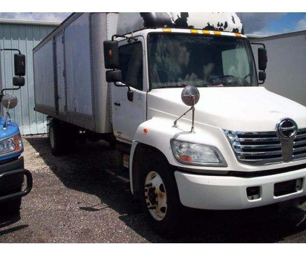2008 Hino 268 Box Truck in OH