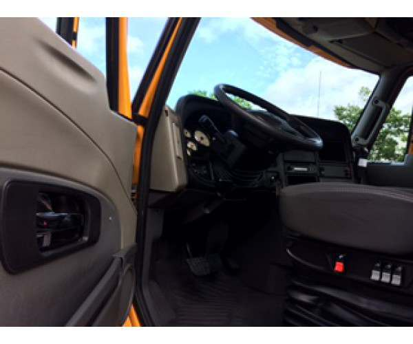 2013 International Prostar Day Cab6