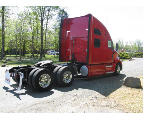 2013 Kenworth T700 in VA