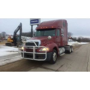 2004 Freightliner Columbia in ND