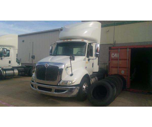 2009 International 8600 Day Cab 5