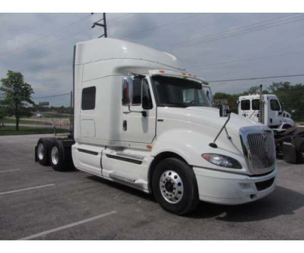 2013 International Prostar in Kansas City