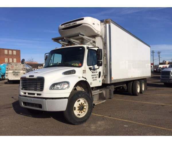 2014 Freightliner M2 Reefer Truck 3