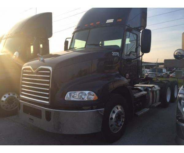 2012 Mack CXN 613 Day Cab with MP7 in Wisconsin, wholesale day cab deal, ncl truck