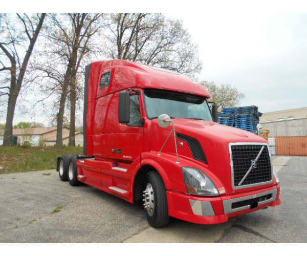 2009 Volvo VNL 670 with Cummins ISX in Michigan, wholesale, ncl truck sales