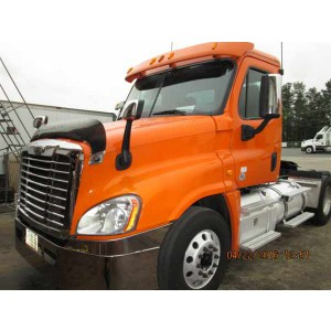 2013 Freightliner Cascadia Day Cab in SC