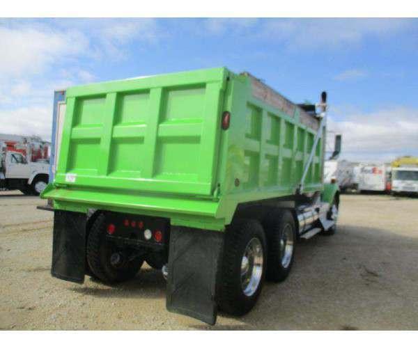 2011 Kenworth T800 Dump Truck 4
