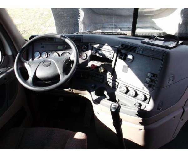 2014 Freightliner Cascadia, Detroit DD15 @ 455hp, NCL Truck Sales, buy used Cascadia in Alabama