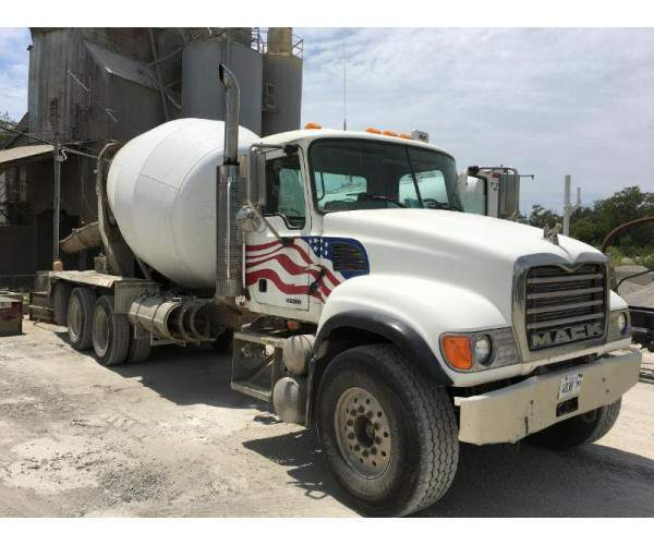2005 Mack CV713 Mixer Truck in IL