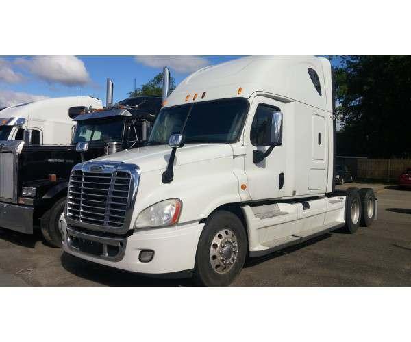2014 Freightliner Cascadia in ME