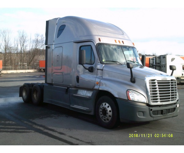 2014 Freightliner Cascadia in MA