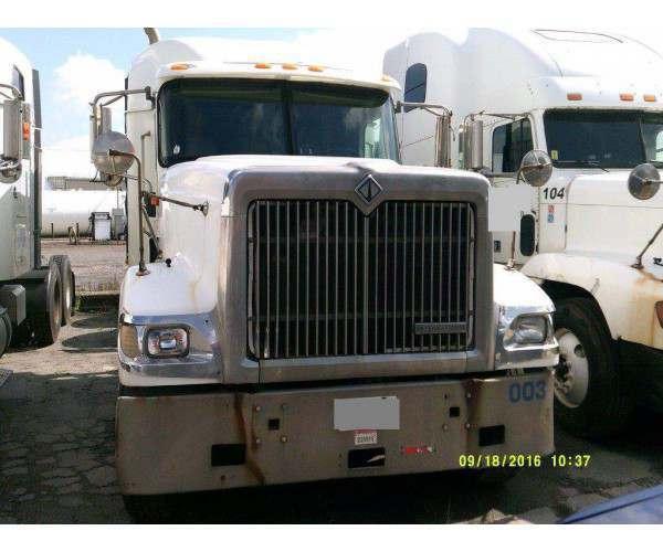 2000 International 9900 4