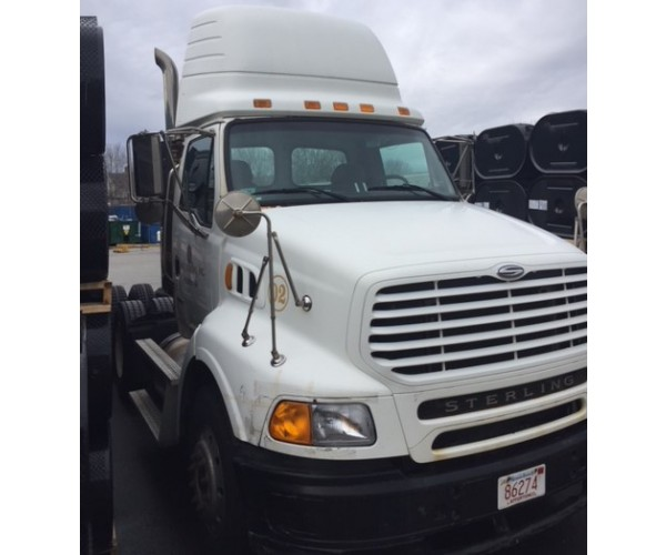 2006 Sterling AT9500 Day Cab