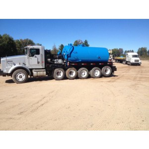 1996 Kenworth T800 Tank Truck in MI