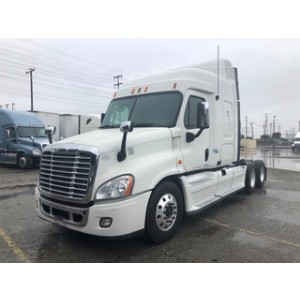 2009 Freightliner Cascadia in CA