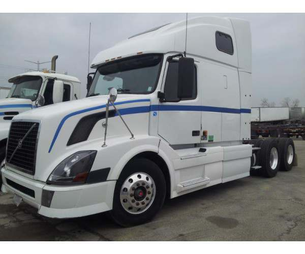 2008 Volvo VNL 670 with D12 engine in Illinois, wholesale, ncl truck
