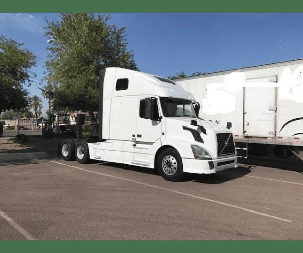 2014 Volvo VNL 670 in AZ