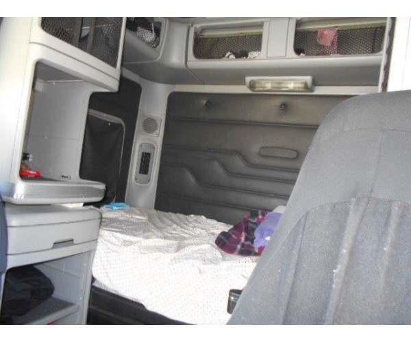 2007 Freightliner Columbia CL120