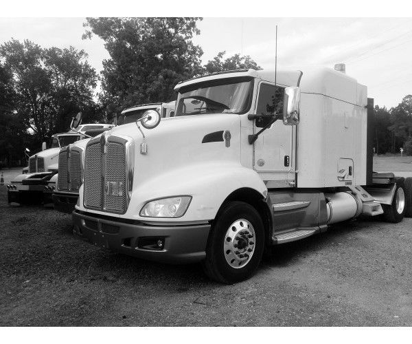 2013 Kenworth T660 in FL