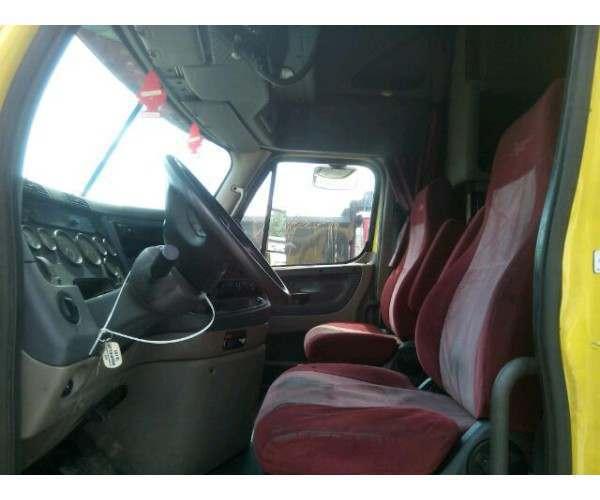 2010 Freightliner Cascadia7