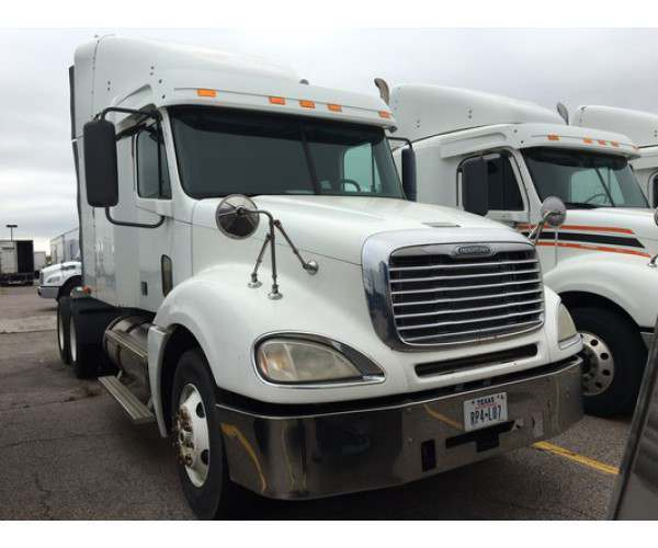 2008 Freightliner Columbia with Detroit 14L @ 455 HP, wholesale price in Texas, NCL Trucks
